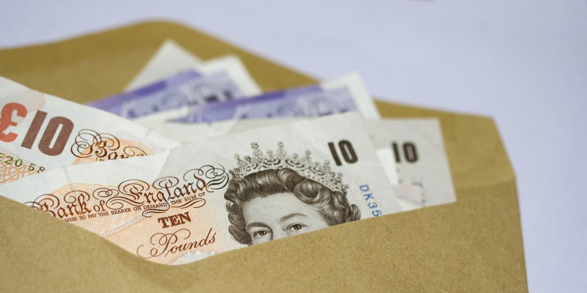 How to negotiate a better salary: should you disclose current pay?